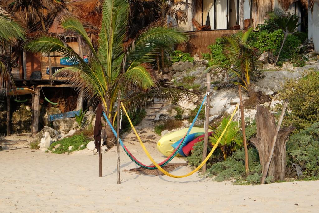 Siankite ist direkt am Strand des Papaya Playa Hotels