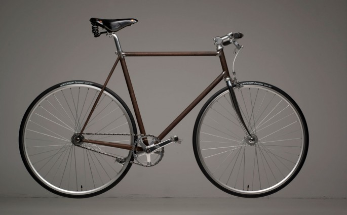 Cooles Stahl-Fahrrad von Motofication