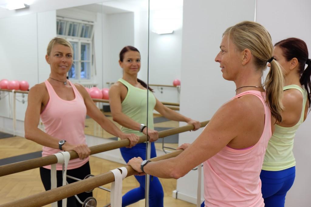 Anja und Tanja - die Inhaberinnen vom Studio 12.