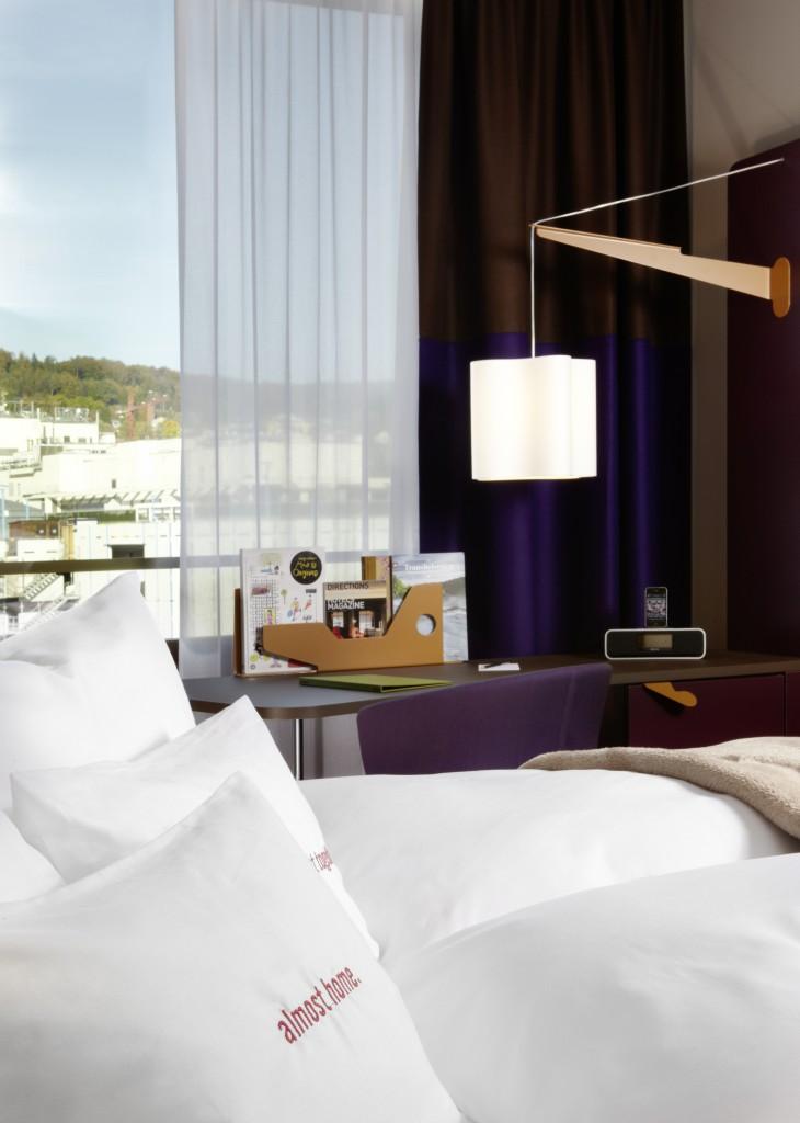 Zimmer mit Blick auf die City