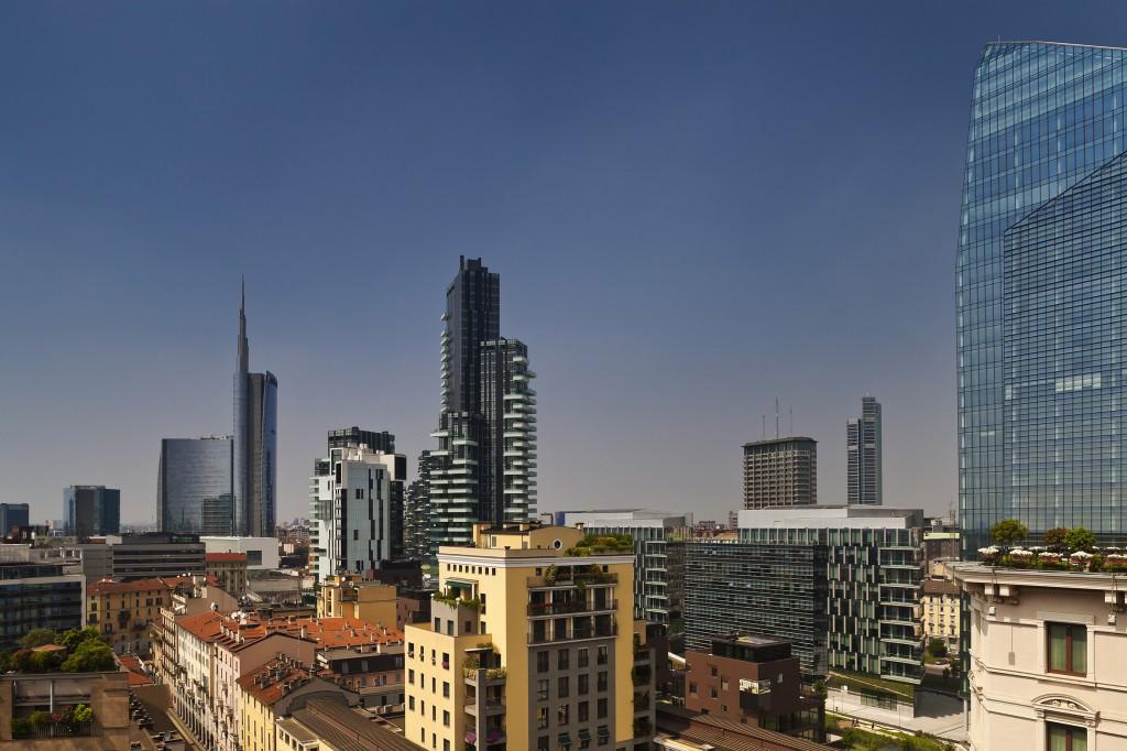 Genialer Blick über die Skyline Mailands