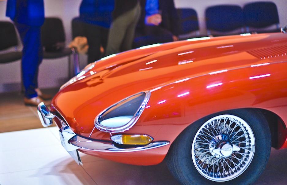Formvollendetes Design bei Jaguar