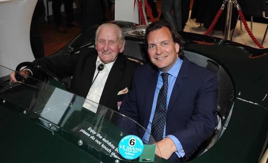 Der Testfahrer Norman Dewis und Michael Quinn