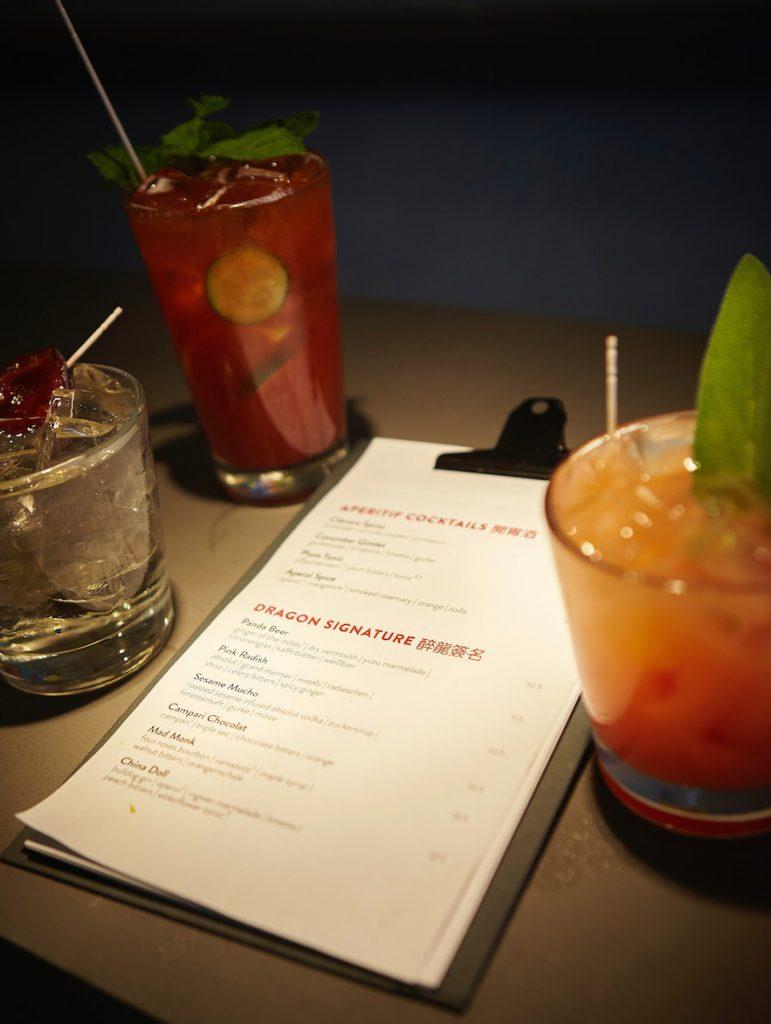 Köstliche Cocktails in der Drunken Dragon Bar
