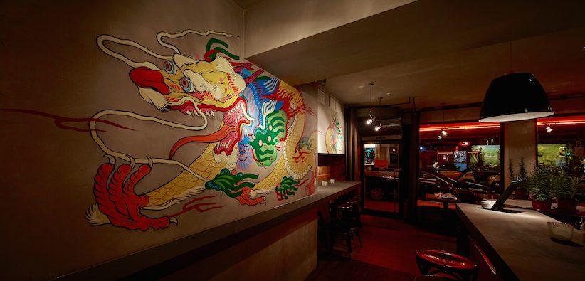 US-Künstler Boy Kong hat die Wände in der Drunken Dragon Bar bemalt