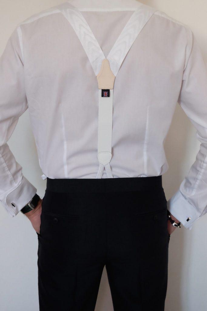 Der Gentlemen trägt Hosenträger