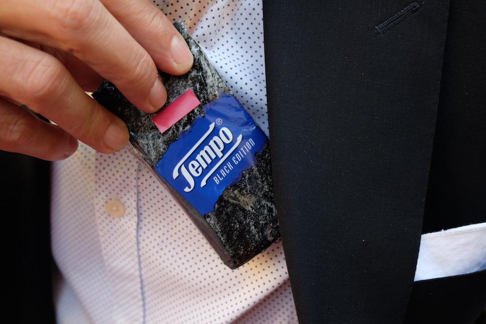Mann sollte immer ein Taschentuch dabei haben, aber nicht irgendeines...