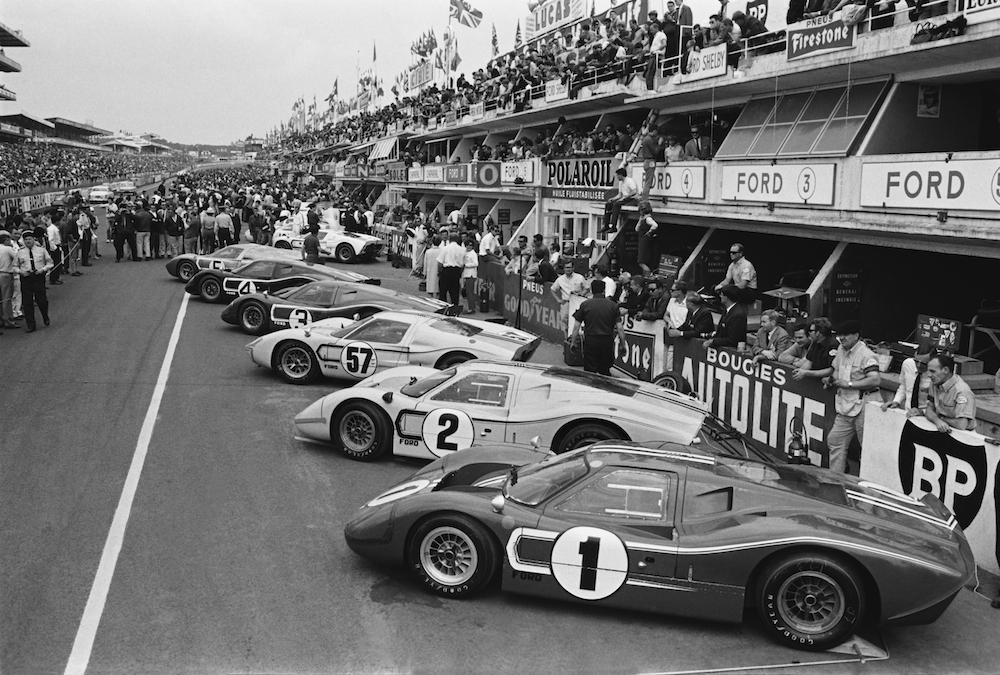 Ford GT als Star der Rennstrecke in Le Mans