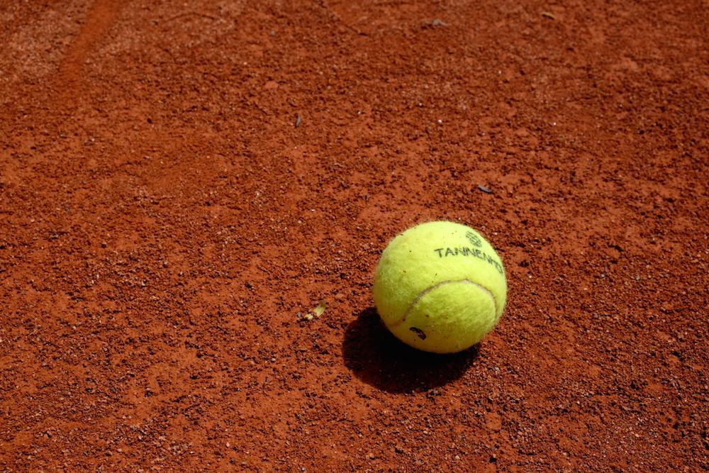 Wie faszinierend ist doch dieser kleine, gelbe Ball...