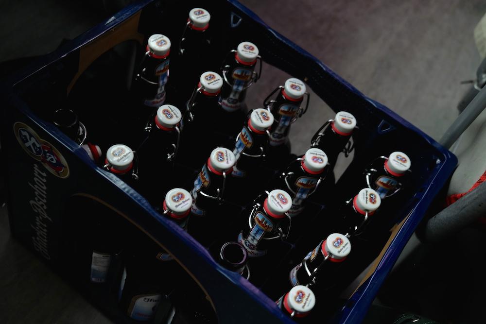 Eine von 100 Kisten Hacker Pschorr Bier