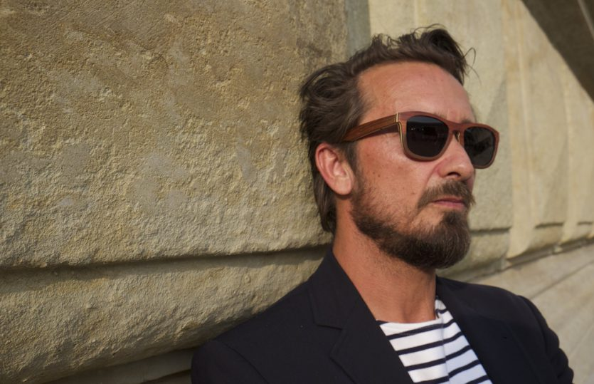 Brett vorm Kopf: Braxons Holz-Sonnenbrille
