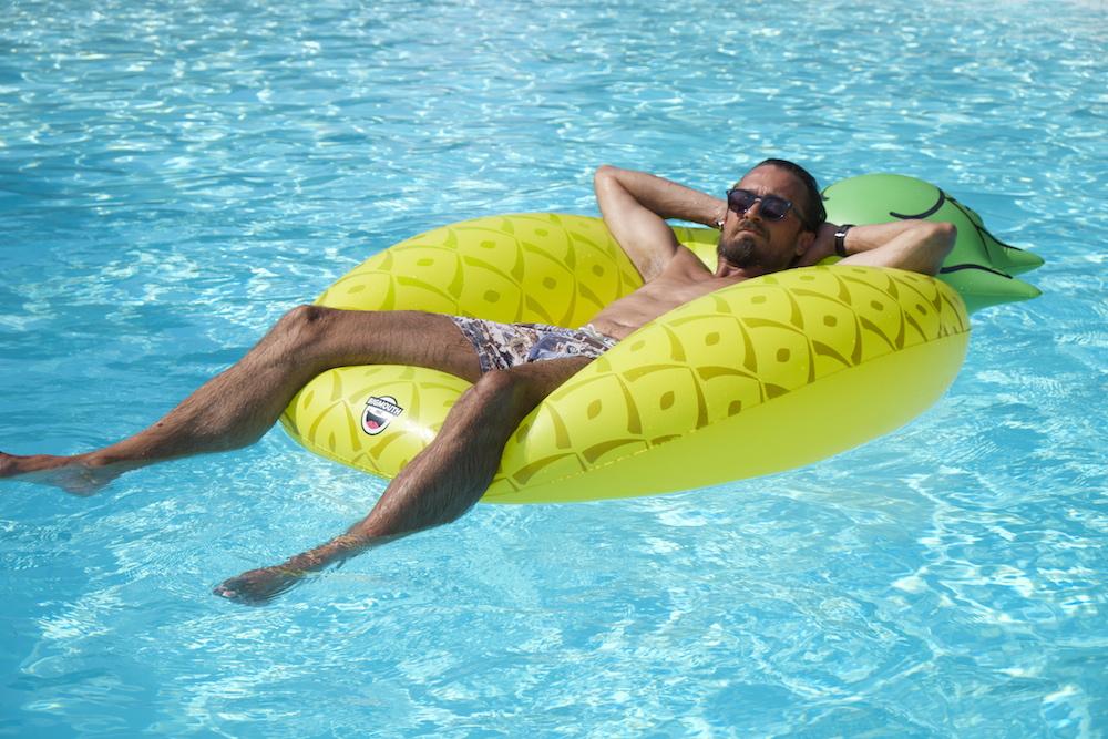 Macht Spaß - der 20 Meter lange Pool
