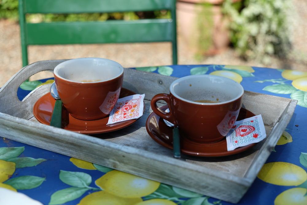 Espresso gefällig? Aber bitte im Garten!