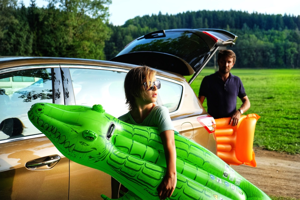 Luftmatratze, Wasserspielzeug - geht aller rein in den Ford S-Max
