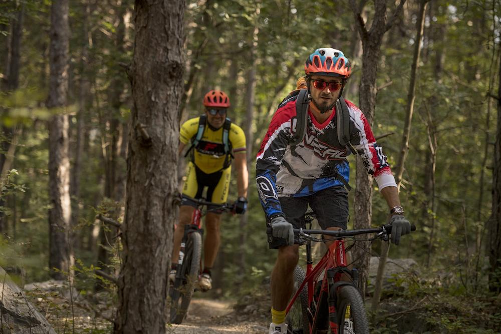 Durch den Wald mit Mike Kluge im Nacken...