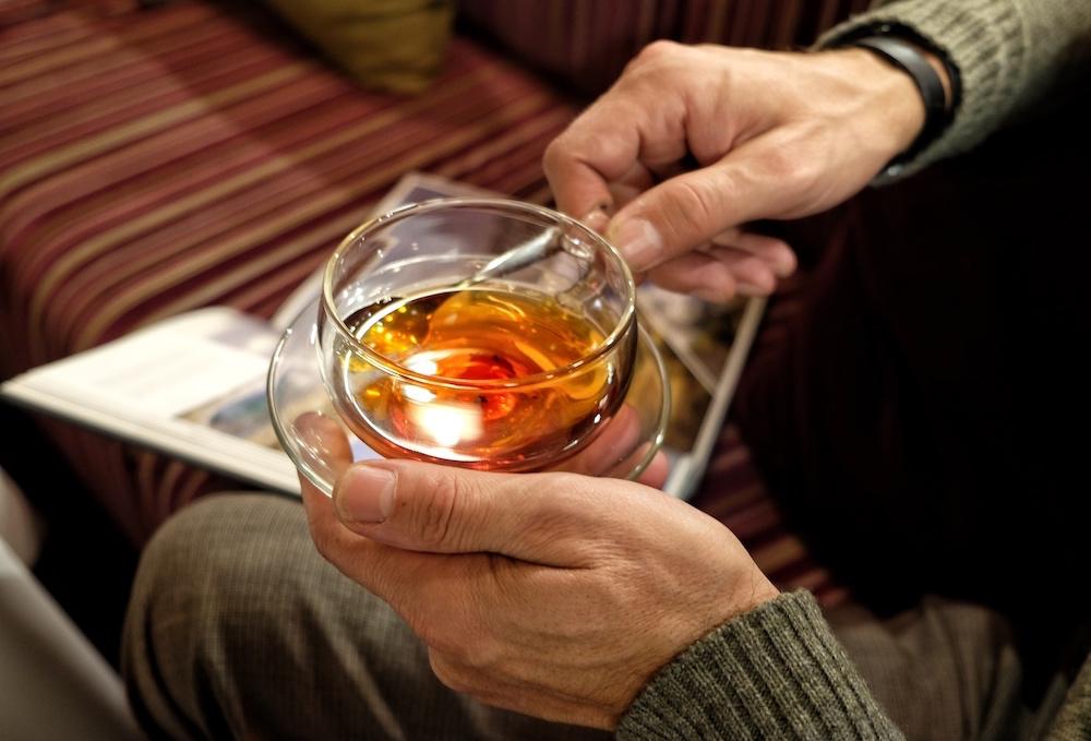 Innehalten, genießen. Tee trinken.