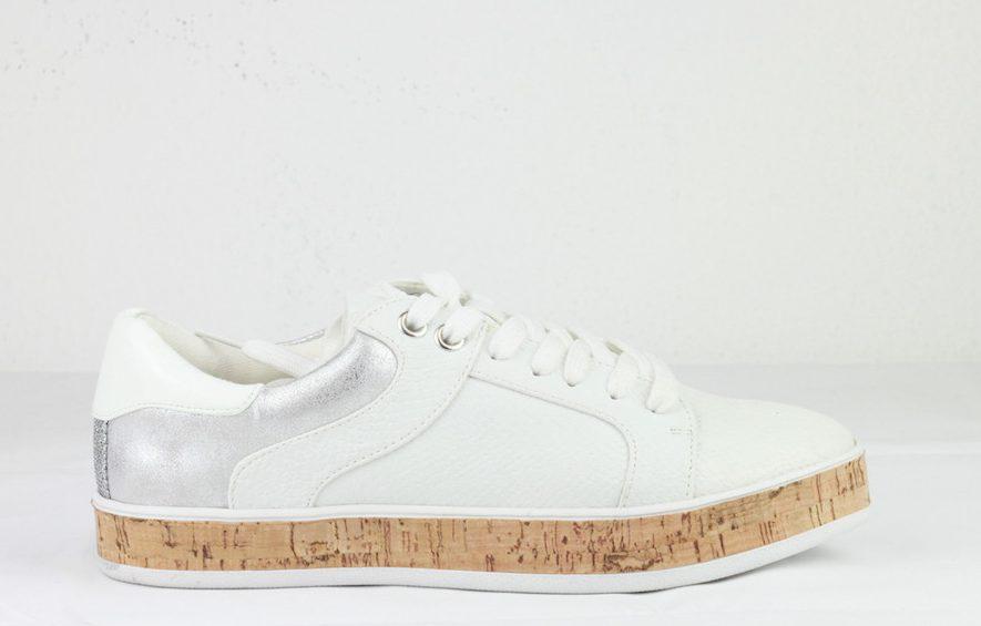 Demnächst im Angebot: schicke Sneaker
