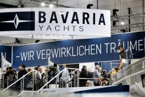 Weltpremiere auf der boot Düsseldorf: <br>Bavaria Yachts R55</br>