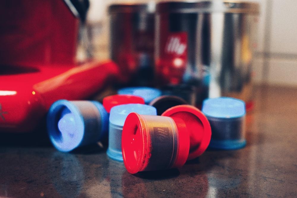 Die Kapseln sind aus recyclebarem Plastik