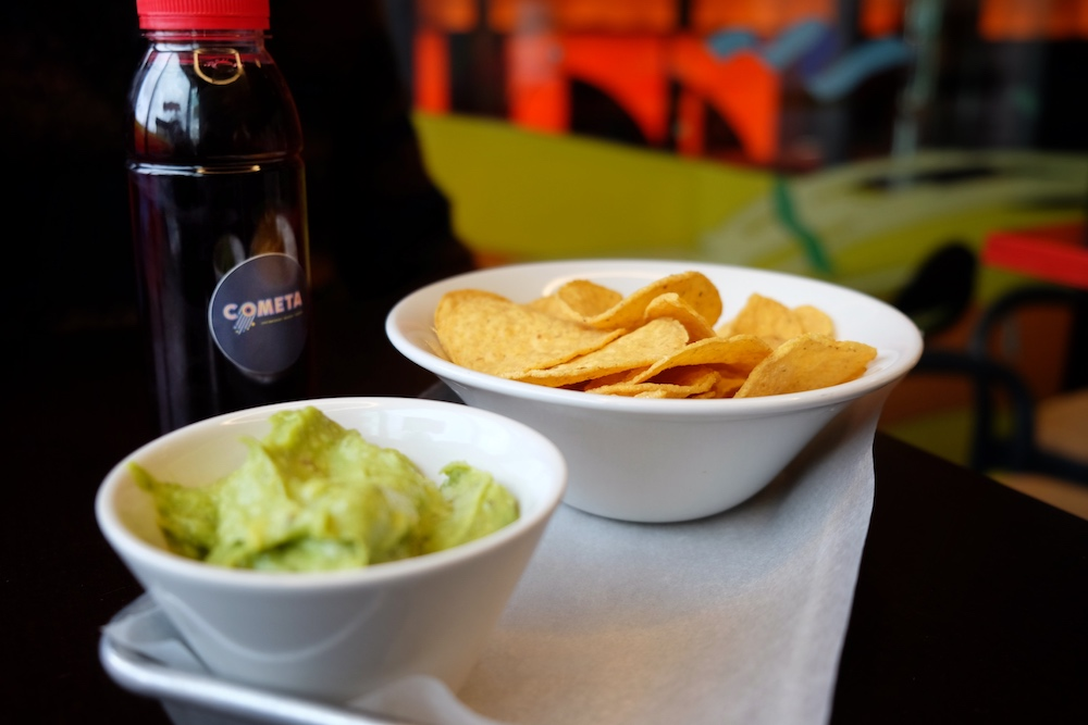 Im Restaurant Cometa gibt es Nachos mit hausgemachter Guacamole