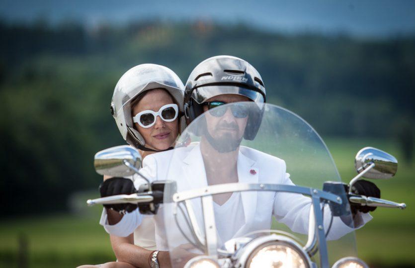 Romantic Ride: Mit der Harley zur Hochzeit