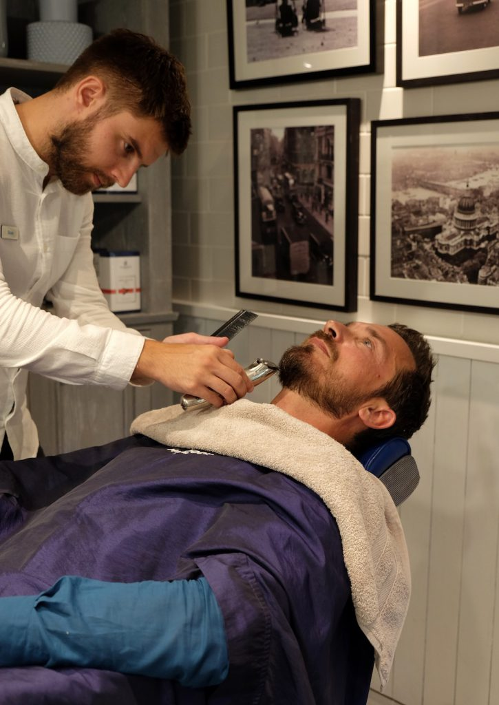 Lux Grand Gaube Barbershop