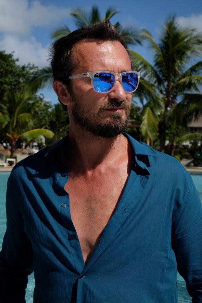 Bru mit Maui Jim Sonnenbrille