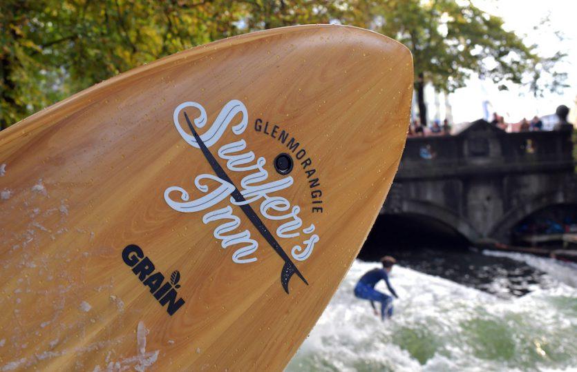 Whisky Surfin&#8216;: <br>Glenmorangie macht aus Fässern Surfboards</br>