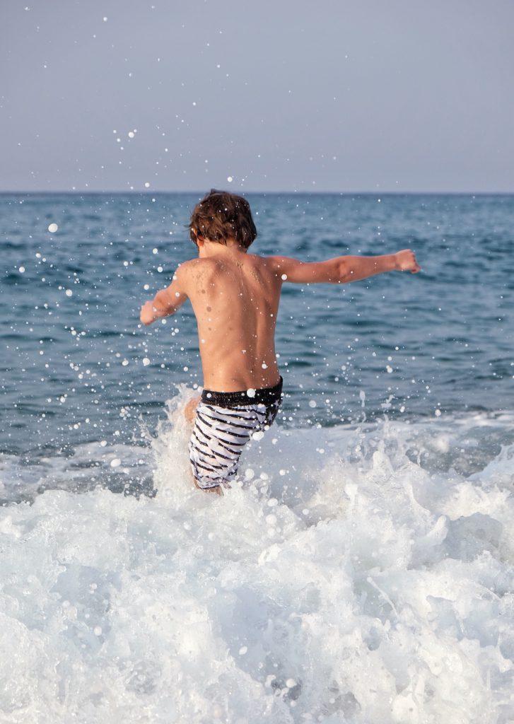 Ikaria Messakti Beach Wellen