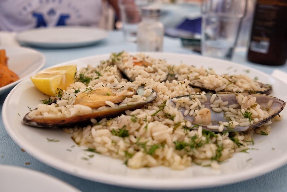 Reis mit Muscheln Ikaria