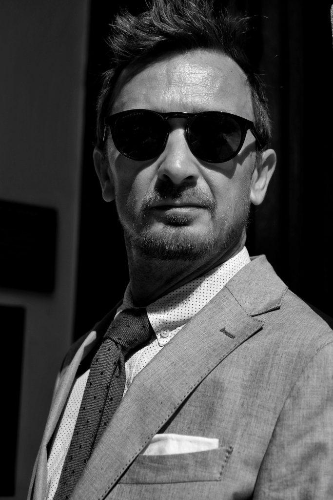 Anzug grau Eduard Dressler