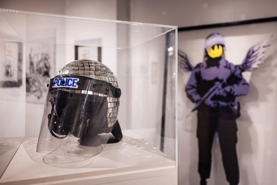 Mystery_of_Banksy_Police