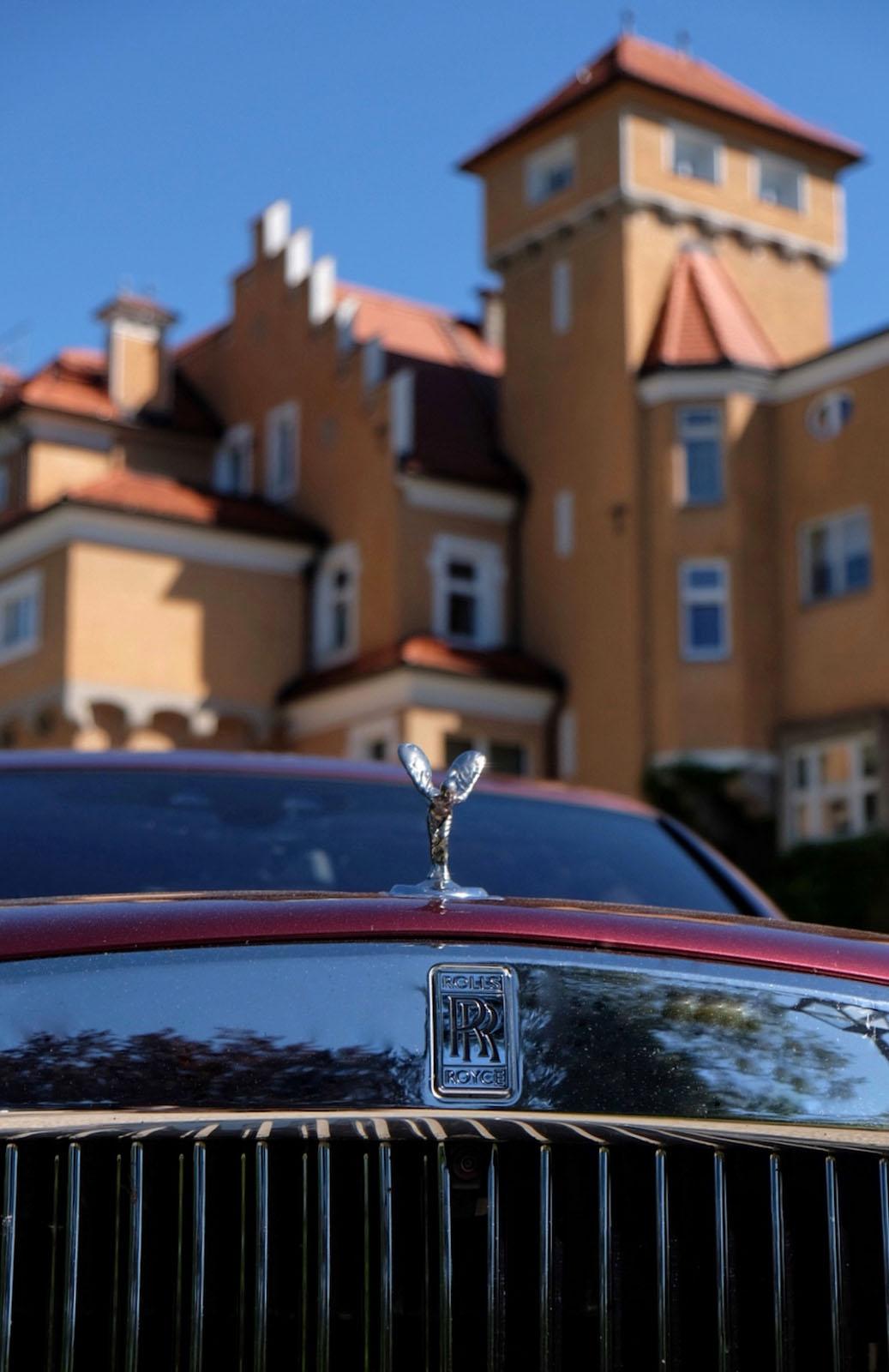 Rolls_Royce Schloss Moenchstein