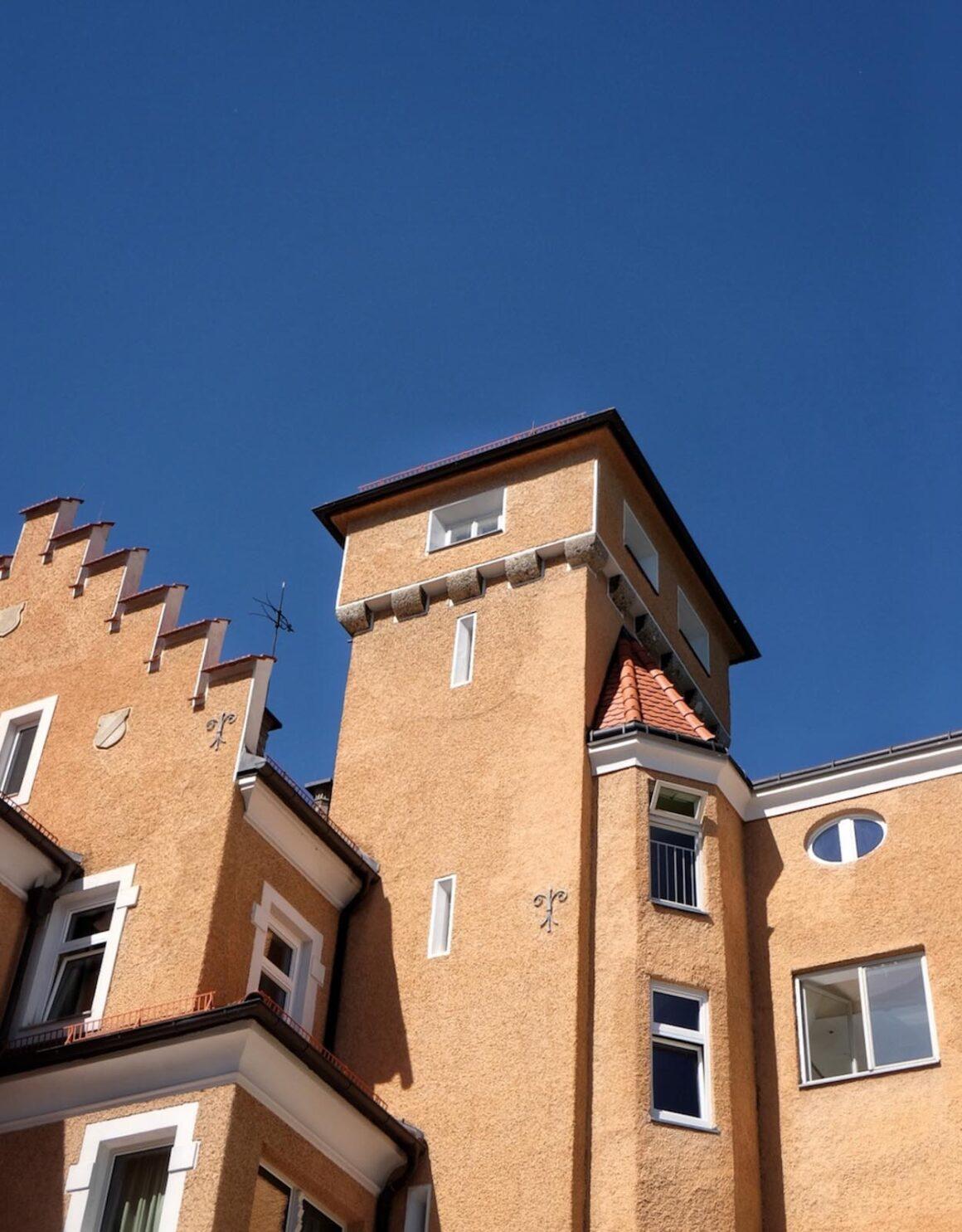 Apollon Schloss_Moenchstein