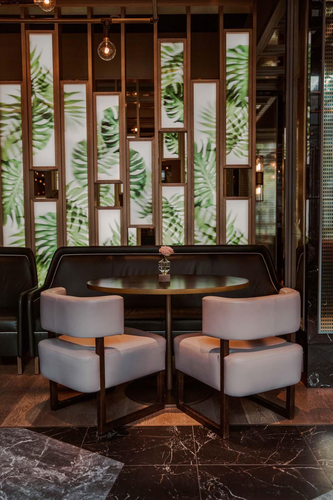 Juliet Rose Bar Interior 2